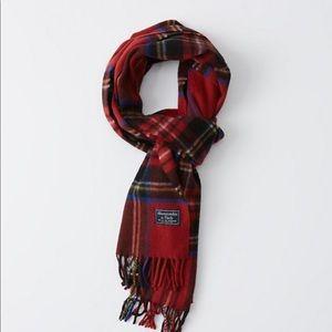 Abercrombie & Fitch plaid scarf